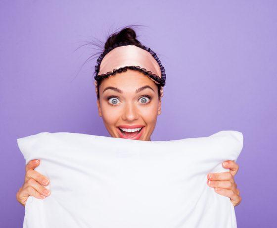 Wat is beter: slapen met een staart of los haar?