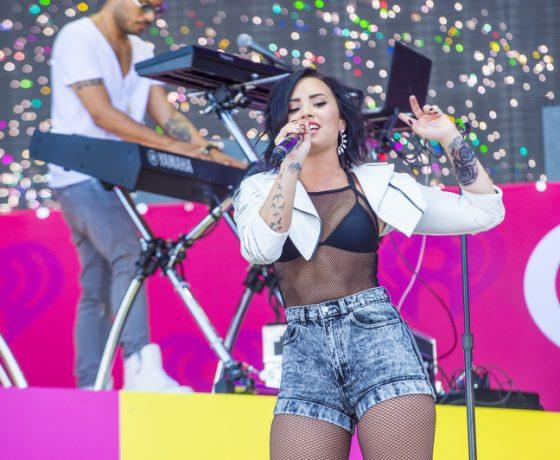 Kijktip: Demi Lovato doet een boekje open in haar nieuwe docu!